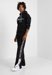 Champion Reverse Weave - HOODED - Sweat à capuche - black - 1