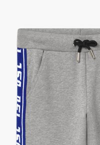 Diesel - Teplákové kalhoty - grey melange base contrast blue - 3