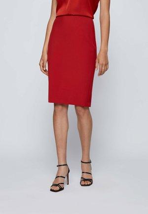 VEROKI - Pencil skirt - red