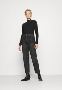 Calvin Klein Jeans - MOCK NECK TEE - Long sleeved top - black - 1