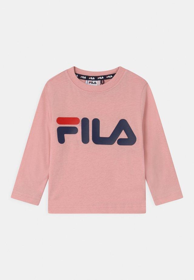 NICK BASIC LONGSLEEVE UNISEX - Pitkähihainen paita - coral blush