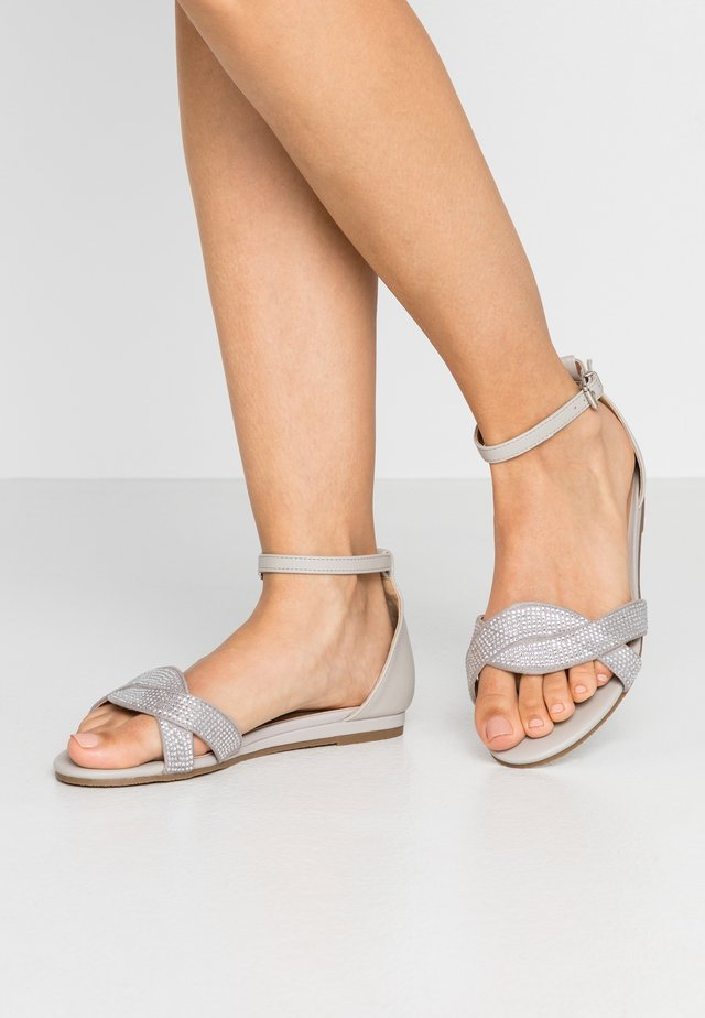 WIDE FIT NOLAN MINI WEDGE FLAT - Sandals - silver