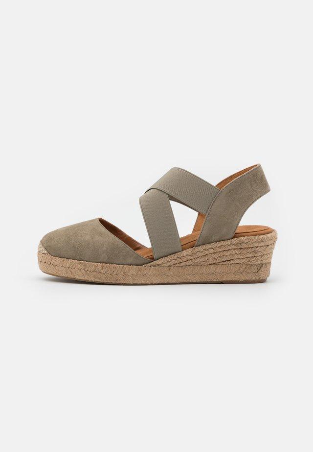 CELE - Sandalen met plateauzool - lauro