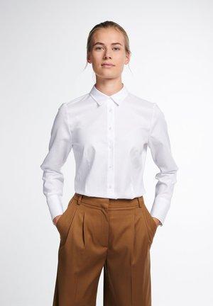 LANGARM MODERN CLASSIC - Button-down blouse - weiß
