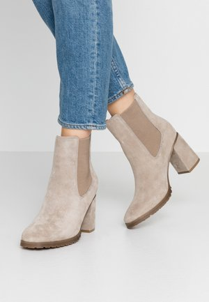 LEATHER ANKLE BOOTS - Tronchetti - taupe