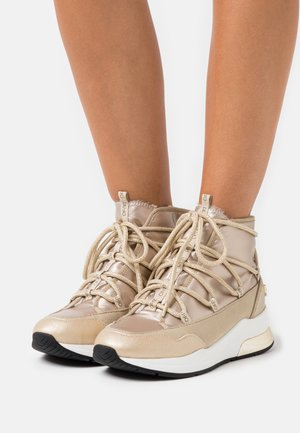 KARLIE  - High-top trainers - sand