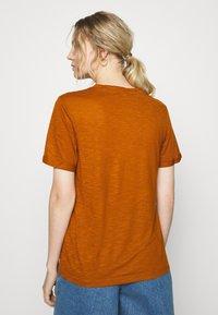 Anna Field - Basic T-shirt - caramel cafe - 2