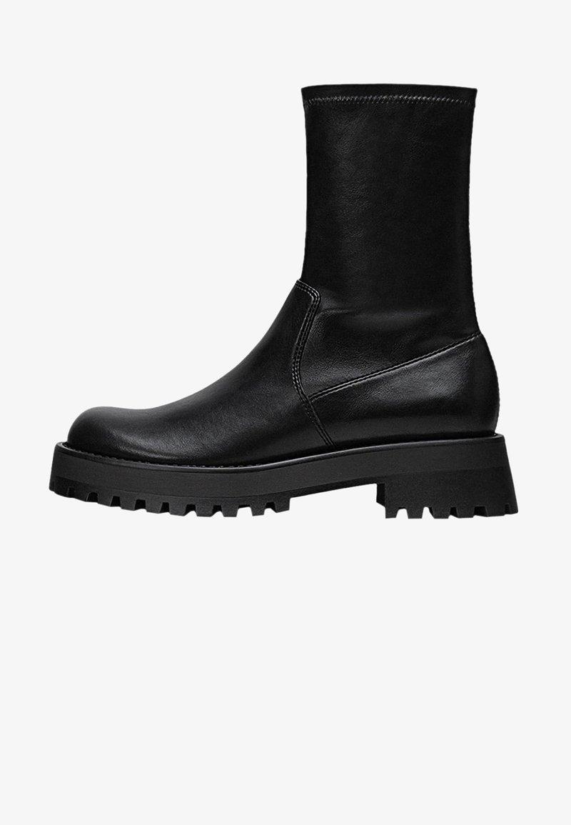Stradivarius - Ankle boots - black