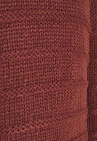 Noisy May - NMWENDY HIGH NECK - Jersey de punto - hot chocolate - 2