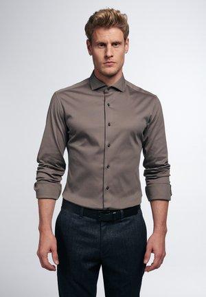 SLIM FIT - Formal shirt - taupe