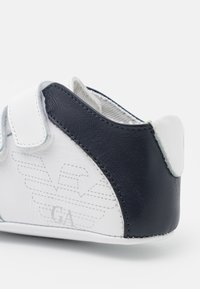 Emporio Armani - First shoes - white/dark blue - 5