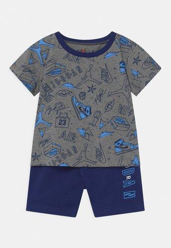 FUN FLIGHT SET UNISEX - Print T-shirt - blue void