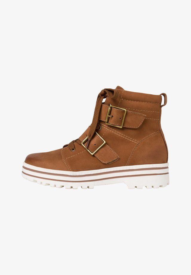 SNEAKER - High-top trainers - cognac