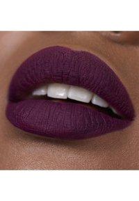 3ina - THE LONGWEAR LIPSTICK - Liquid lipstick - 396 - 2
