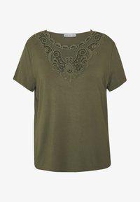 Anna Field Curvy - Print T-shirt - olive night - 4