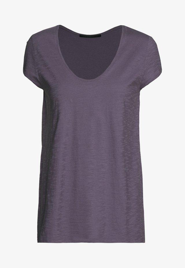 AVIVI - Basic T-shirt - lila