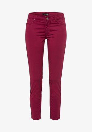 FIVE POCKET - Slim fit jeans - dunkelrot