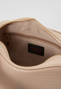 Furla - SWING MINI CROSSBODY - Borsa a tracolla - nude - 4