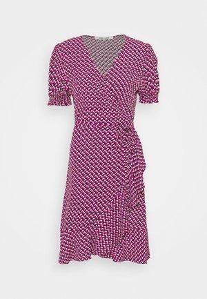 EMILIAMINI - Day dress - pink