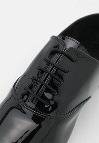 Repetto - ROY - Šněrovací boty - noir - 6