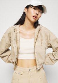 BDG Urban Outfitters - JARED UTILITY JACKET - Denim jacket - beige - 3