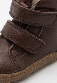 Froddo - MINNI WINTER SHOES SLIM FIT UNISEX - Dětské boty - dark brown - 5