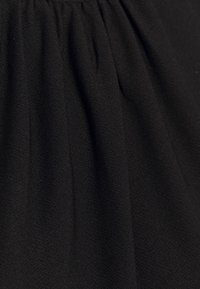 ONLY - ONLSILJA LIFE - T-shirt basic - black - 6