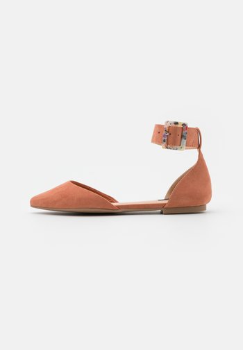 ONLANAS LIFE BUCKLE - Ankle strap ballet pumps - pink