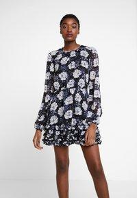 Stevie May - NIGHT TRAIN MINI DRESS - Denní šaty - dark blue - 0