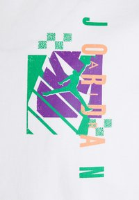 Jordan - AIR FUTURA CREW - Print T-shirt - white - 2