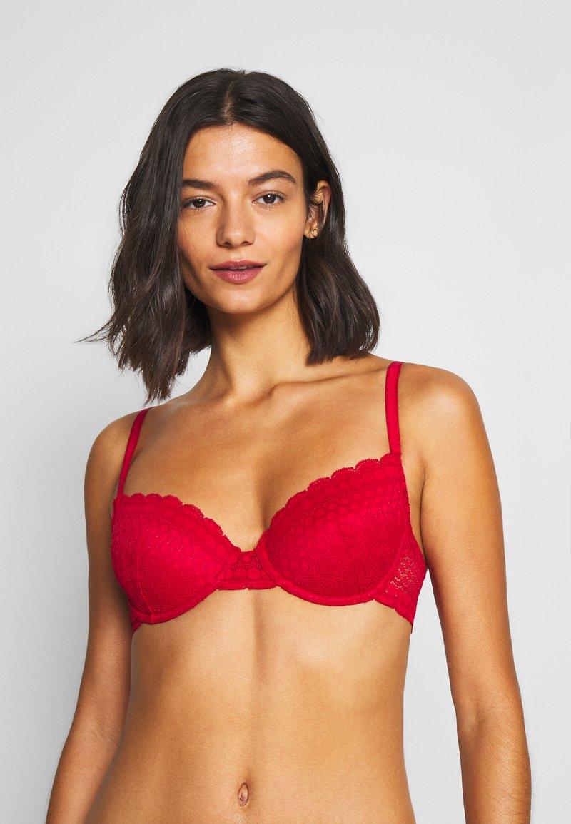 Etam - CHERIE CHERIE N°4 CLASSIQUE - Kaarituelliset rintaliivit - red
