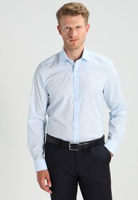 OLYMP Level Five - OLYMP LEVEL 5 BODY FIT - Koszula biznesowa - bleu - 0
