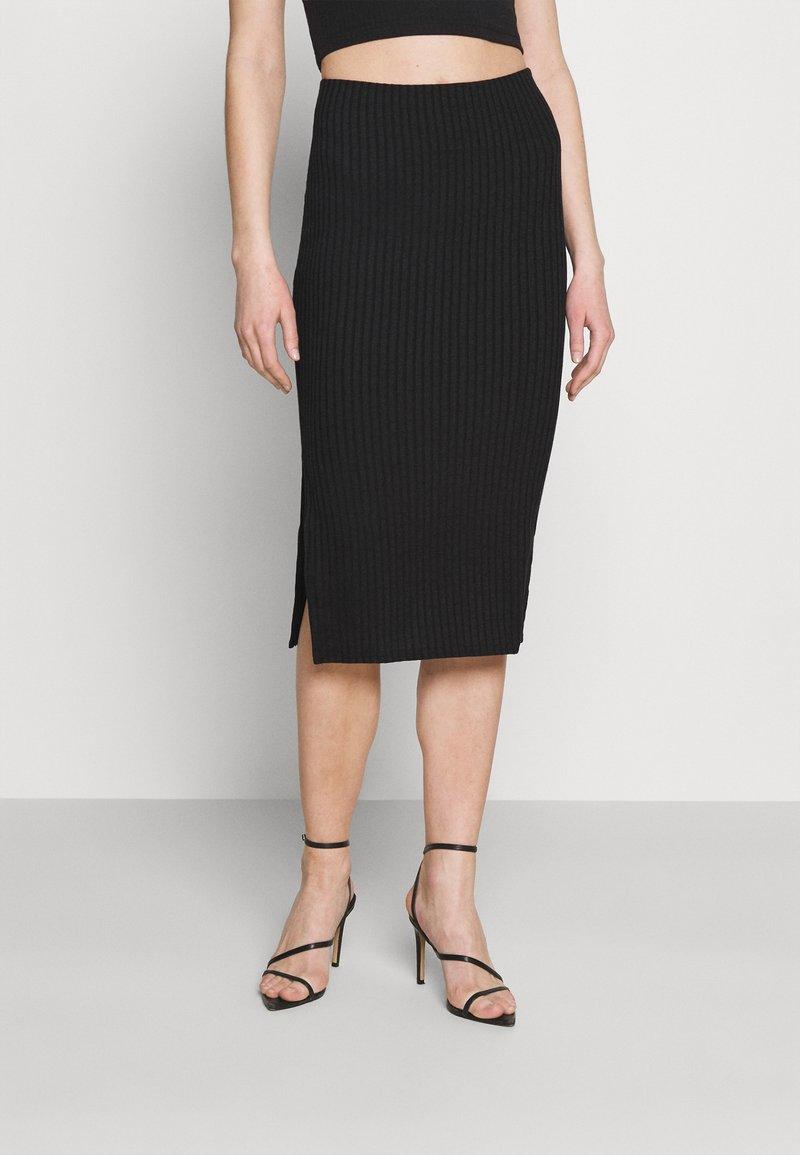 Missguided - SIDE SPLIT SKIRT - Pencil skirt - black