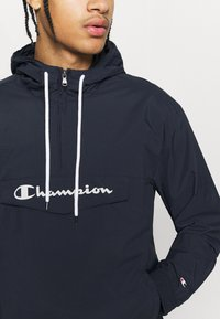 Champion - LEGACY - Windbreaker - navy - 4