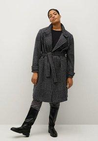 Violeta by Mango - MINIMAL - Classic coat - schwarz - 1