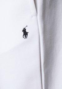 Polo Ralph Lauren - DOUBLE TECH - Tracksuit bottoms - white - 6