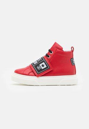 UNISEX - Sneakers hoog - red