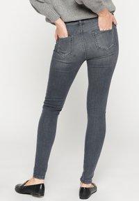 LolaLiza - Jeans Skinny Fit - dnm - med grey - 2