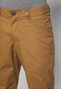 Patagonia - VENGA ROCK PANTS - Pantalon classique - coriander brown - 3