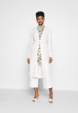 JDYGURLI BELT CARDIGAN - Strickjacke - off-white