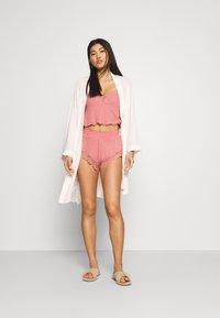 Hunkemöller - x NA-KD SHORT MIA - Pantaloni del pigiama - dusty pink - 1