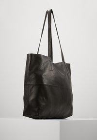 YAS - YASLOMA TOTE ICONS - Tote bag - black - 3