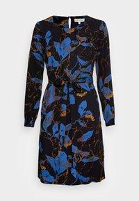Thought - DEVERELL TIE FRONT DRESS - Denní šaty - black - 3
