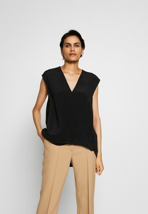 SOFT DRAPED BLOUSE - Pusero - black
