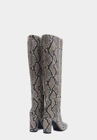 PoiLei - Laarzen met hoge hak - gray - 1