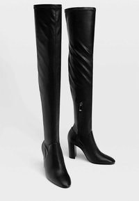Stradivarius - Kozačky nad kolena - black - 2