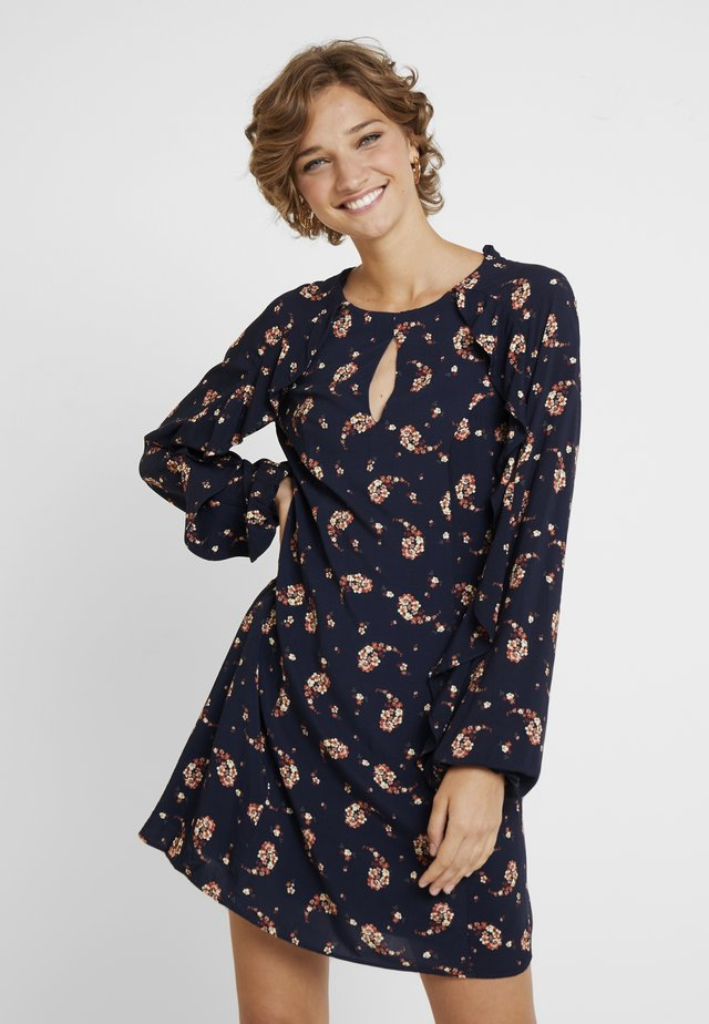 VESTIDO TECIDO BALI - Day dress - primrose