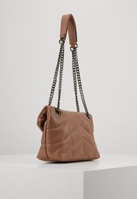Pieces - PCJULY CROSS BODY KEY - Across body bag - tobacco brown - 2