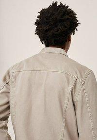 Mango - Denim jacket - open beige - 5