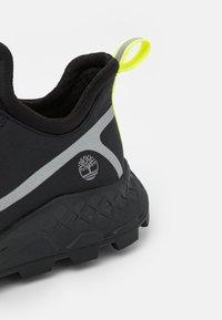 Timberland - BROOKLYN OXFORD - Sneakers - black - 5